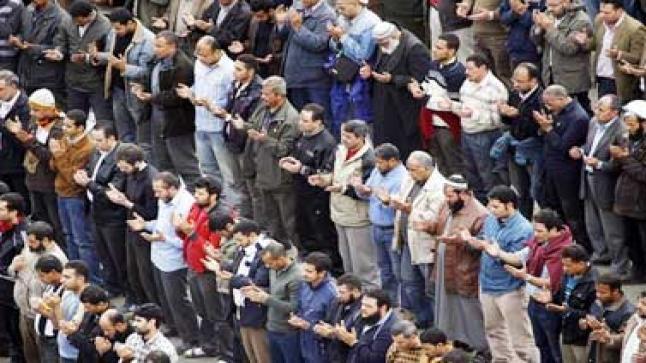 علماء مصر يطالبون ببناء مؤسسات الدولة