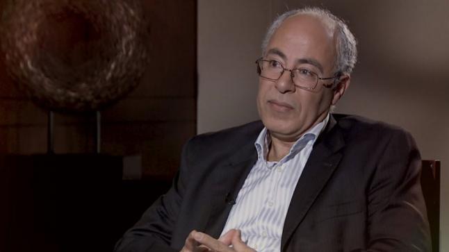 حوار مع الأكاديمي عزالدين عناية حول علم الاستهواد العربي