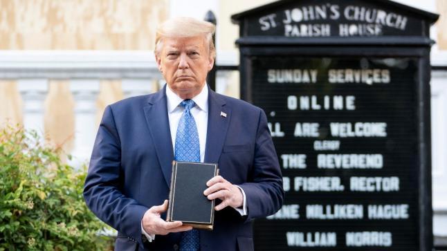 أمريكا: هل يبعد ترامب وأمثاله من السياسيين الناس عن الدين؟
